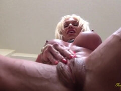 Bulky Pornography Starlet Ashlee Chambers Drains Her Thick Pearl
