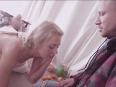 Blonde country bumpkin Zoey Monroe passionate sodomy