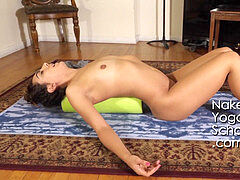 naked Yoga - 1-Hour Naked Yoga for period trio- Cramps