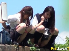 18yo asians piss outside