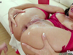 splashing anal bi-atch Kissa Sins
