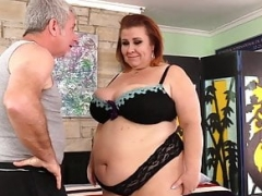 Masseur Pleasures Grown-up Big beautiful women Lady Lynn