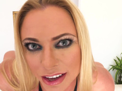Dirty talk and also a hot blowjob from sexy Briana Banks