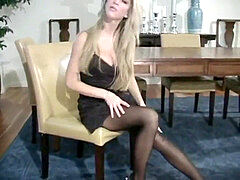 ash-blonde pantyhose jack off directions