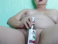 Mom i`d like to fuck Margarita masturbates with bottle