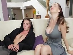 StepMom gives him Fellatio for confidence