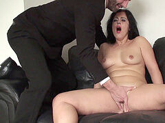 finger-tickled mature brit opens up her legs