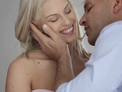 Morning tender sex with mouthful for Blanche Bradburry