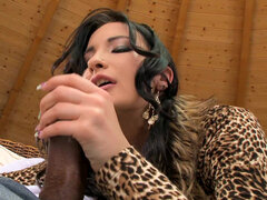 Curious little cunt Bailee tries anal