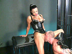 sadism & masochism hard-core bulky sub is caged and humiliated by Mistress