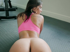 A sexy gal with a lovely ass is giving a blow job today