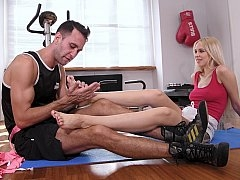 Kickboxer gal enjoys foot banging