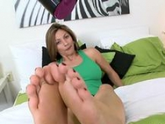 soccer mom is craving for some footjob feature segment 1
