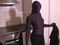 gal in Zentai mask
