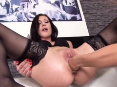 Sexy czech chick opens up her soaked kitty to the special47VhB