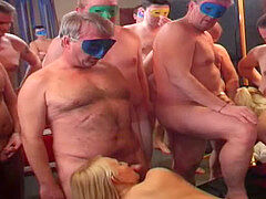 Swinger gang-bang party