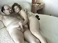 furry old muff makes love a huge fuck tool