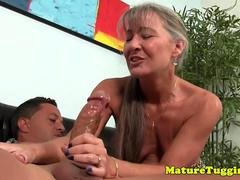 Smalltit gilf jerking knob on couch