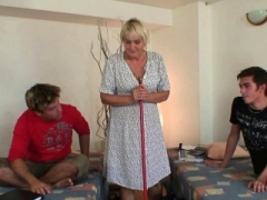 Cleaning granny gets her cum bucket filled with 2 knobs