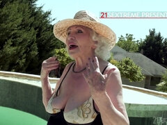 80 Years Old Granny Hard Porn Video