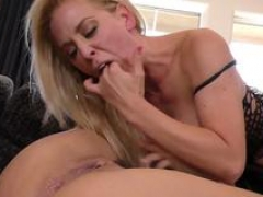 Hoes get facial cumshot from bbc