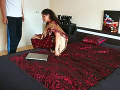 Indian milf in red saree