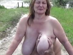 Mutter und tochter gangbang