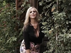Sizeable titted eager mom Julia Ann teases before riding stiff rod