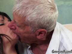 Teen sucks floppy grandpa
