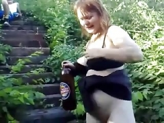 Pregnant inexperienced outdoor pee.mp4