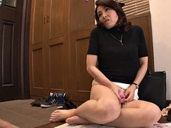 hot japanese milf makes herself cum with a vibrating toy