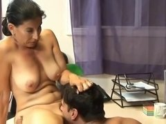 Curvy Latina Mom With Juicy Natural Tits Amuses With Young Stud