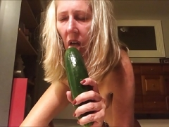 Mad Beaver Kamster DEVOURS Cucumber in Domestic Habitat