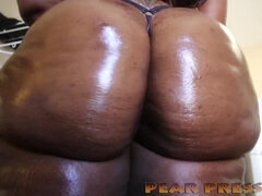 Some Phat Bum Ugly Ebony Whore Twerking - ssbbw