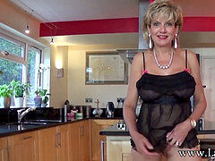 Jerkoff commands with brit mummy Lady Sonia