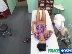 Amateur Czech Harlot With Beautiful Tanned Legs Fucks With Doctor