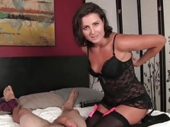 Handjob Sexually available mom milking purple pole in stockings