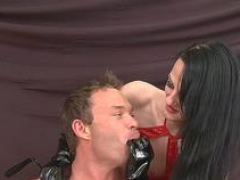 Female domination babe strapon fucking her submissive
