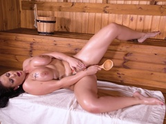 Horny Sauna Moments
