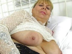 UK mom i`d like to fuck Vintage Fox looks extremely sexy in a stewardess outfit
